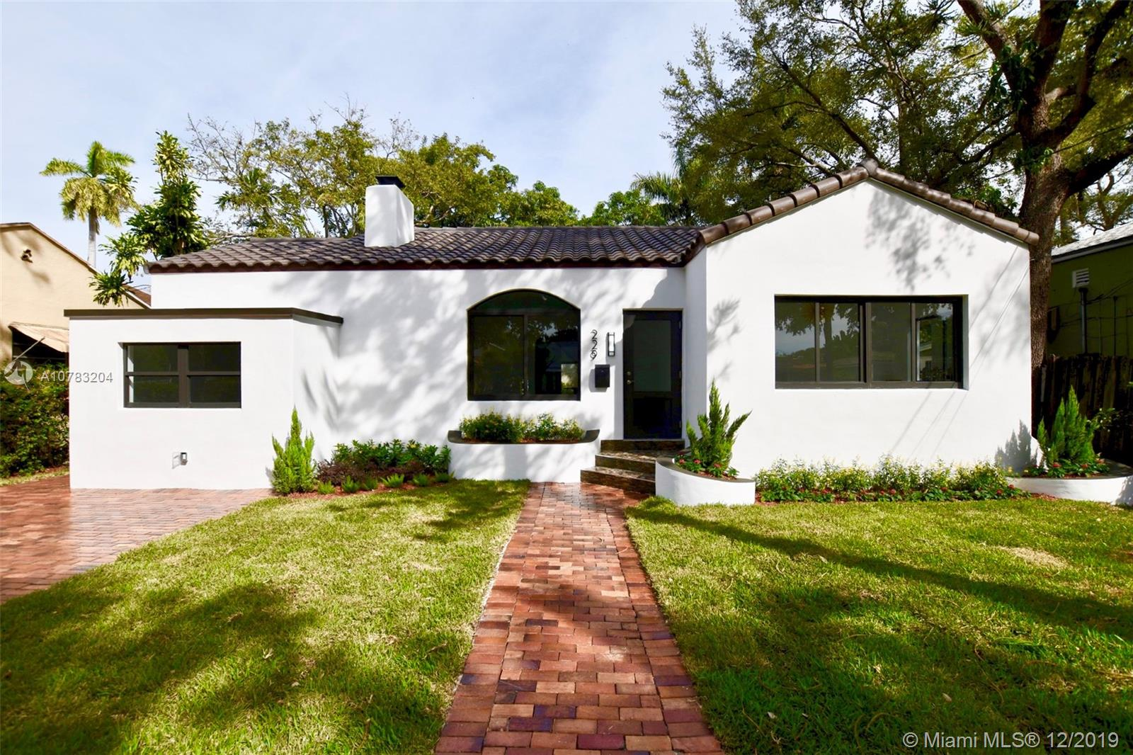 229 SW 23rd Rd  For Sale A10783204, FL