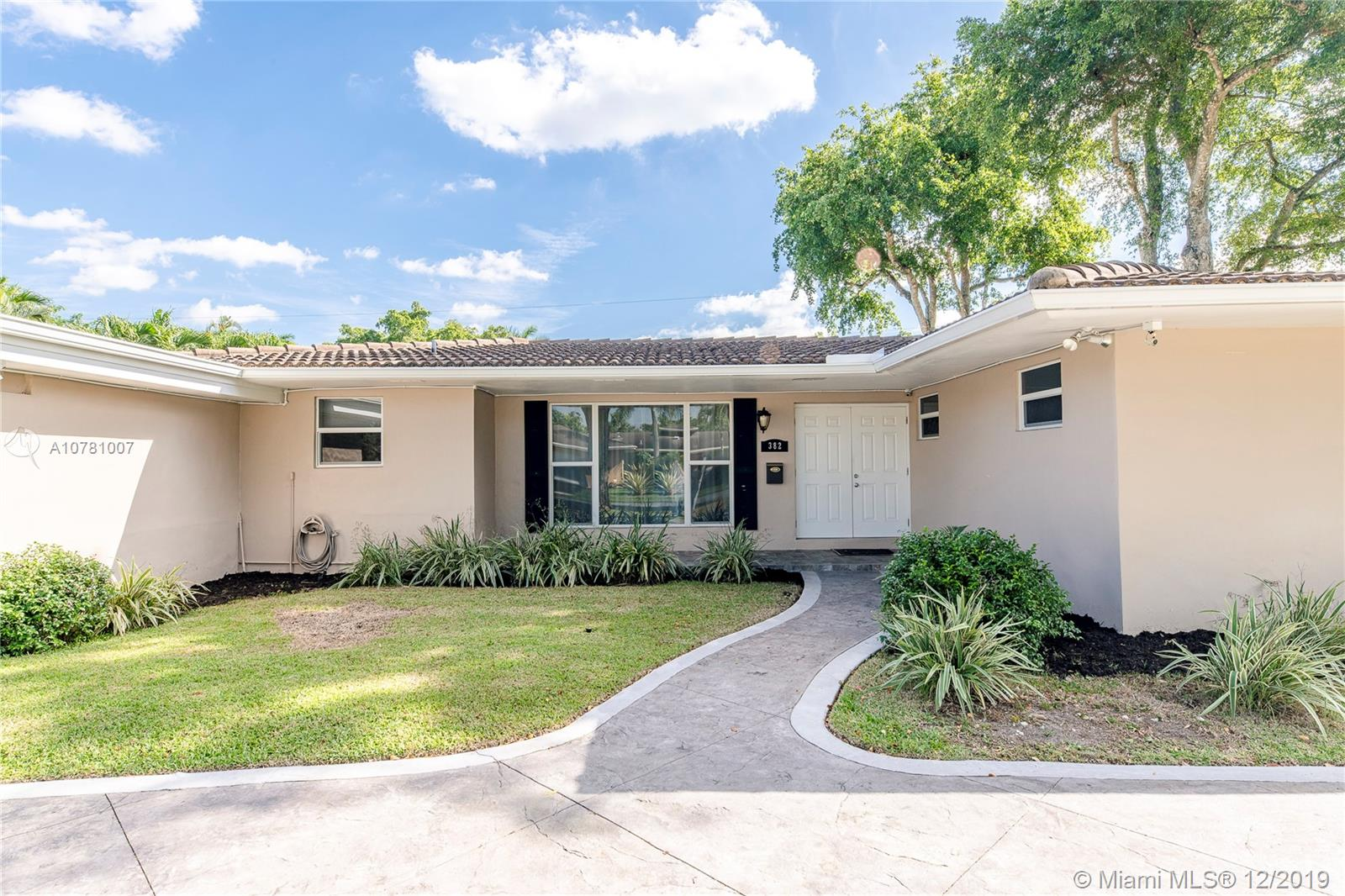 382 SW 60th Ave, Plantation, FL 33317