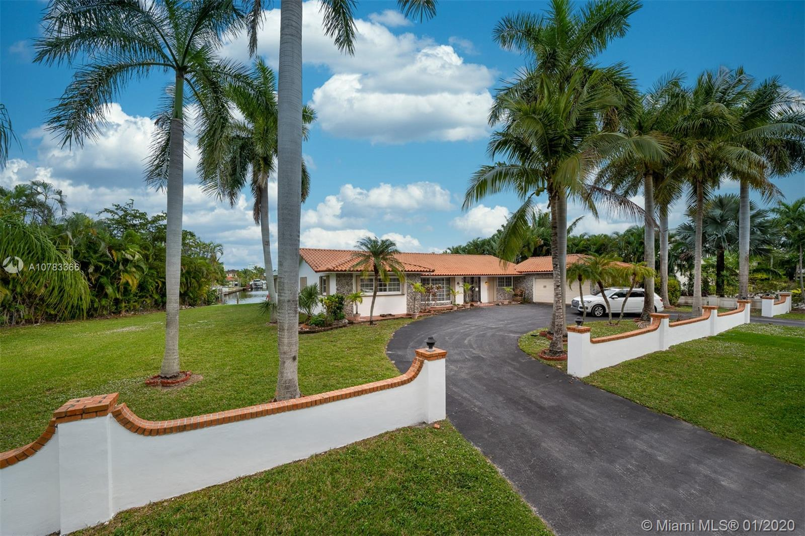 921  Diplomat Pkwy  For Sale A10783366, FL