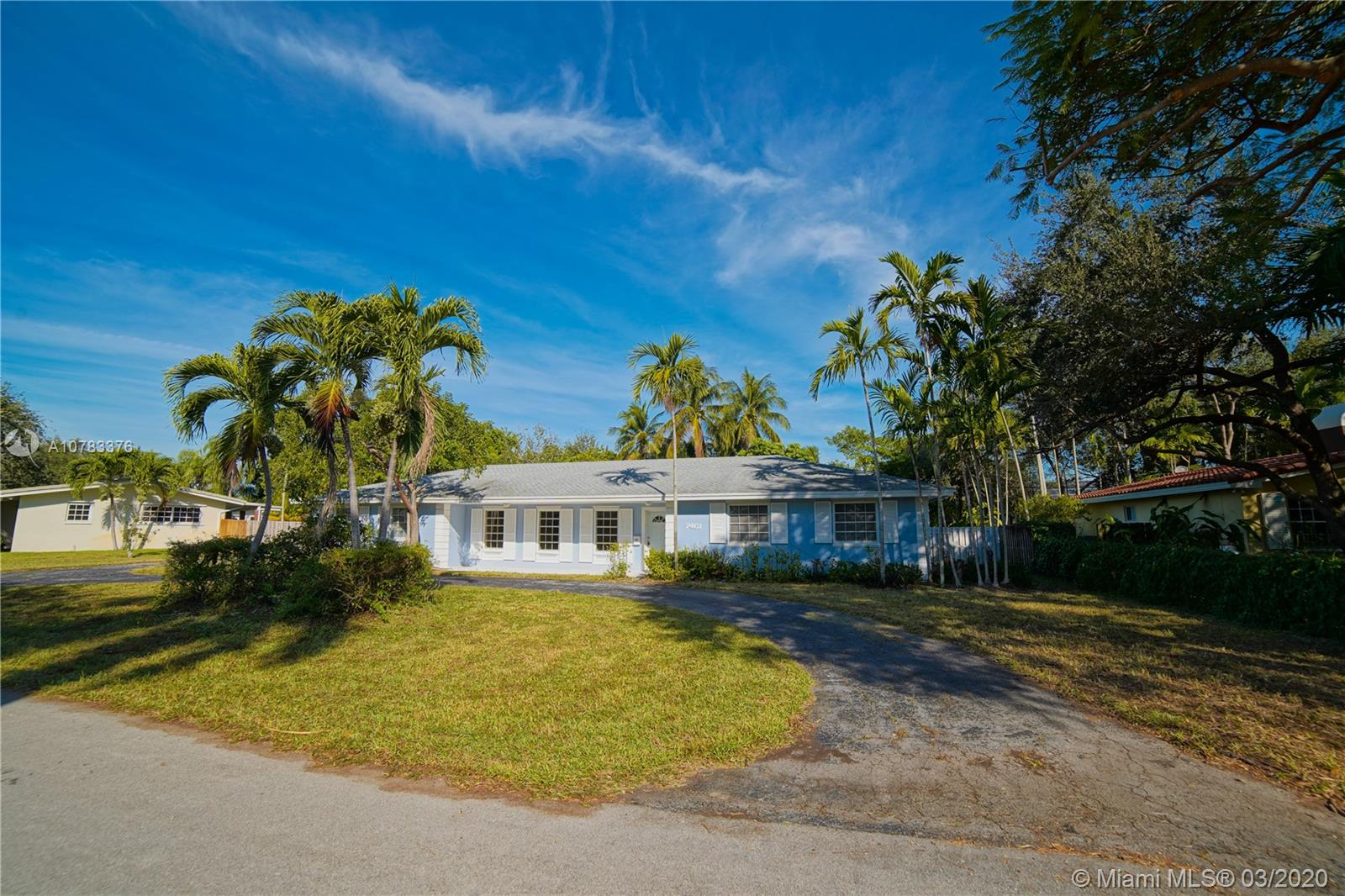 7461 SW 158th Ter  For Sale A10783376, FL
