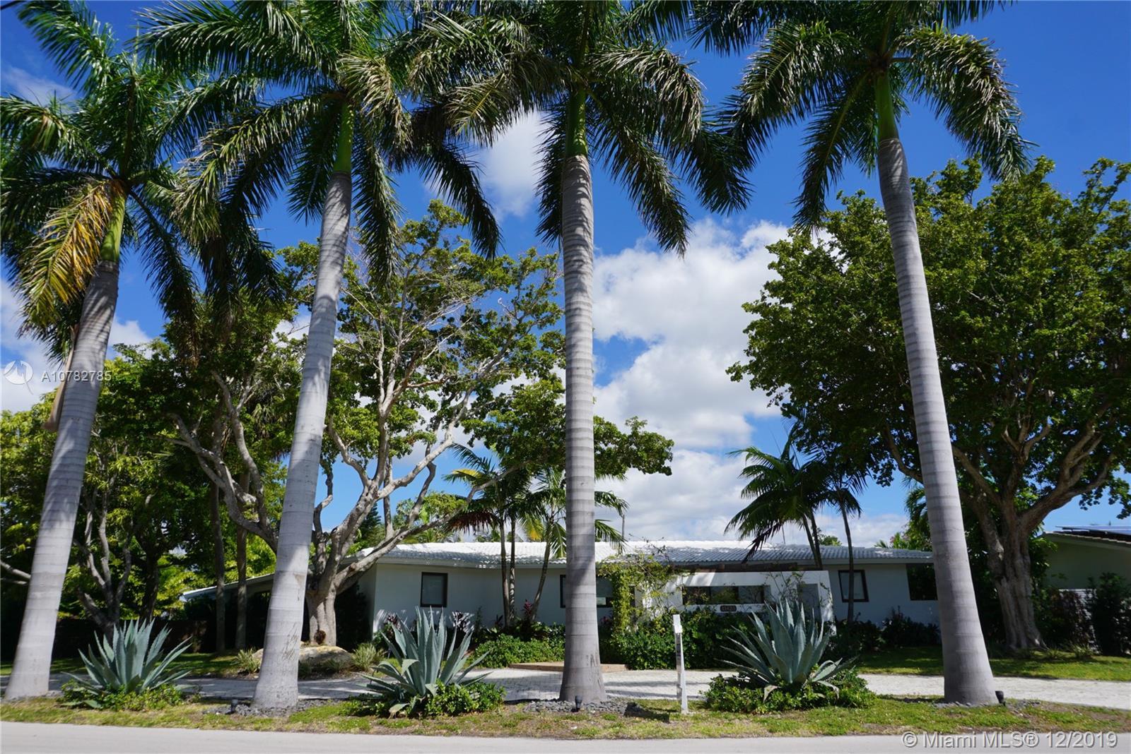 11425 N Bayshore Dr  For Sale A10782785, FL