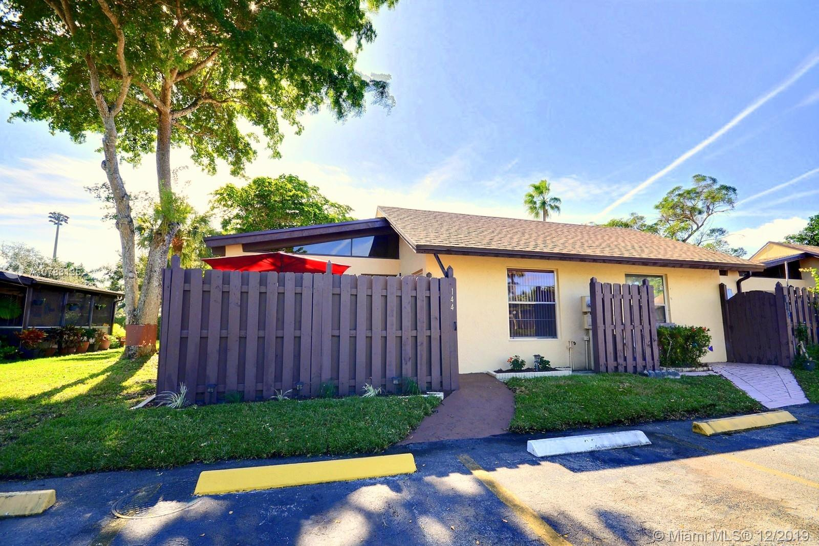 144  Fox Rd #1-46 For Sale A10783135, FL