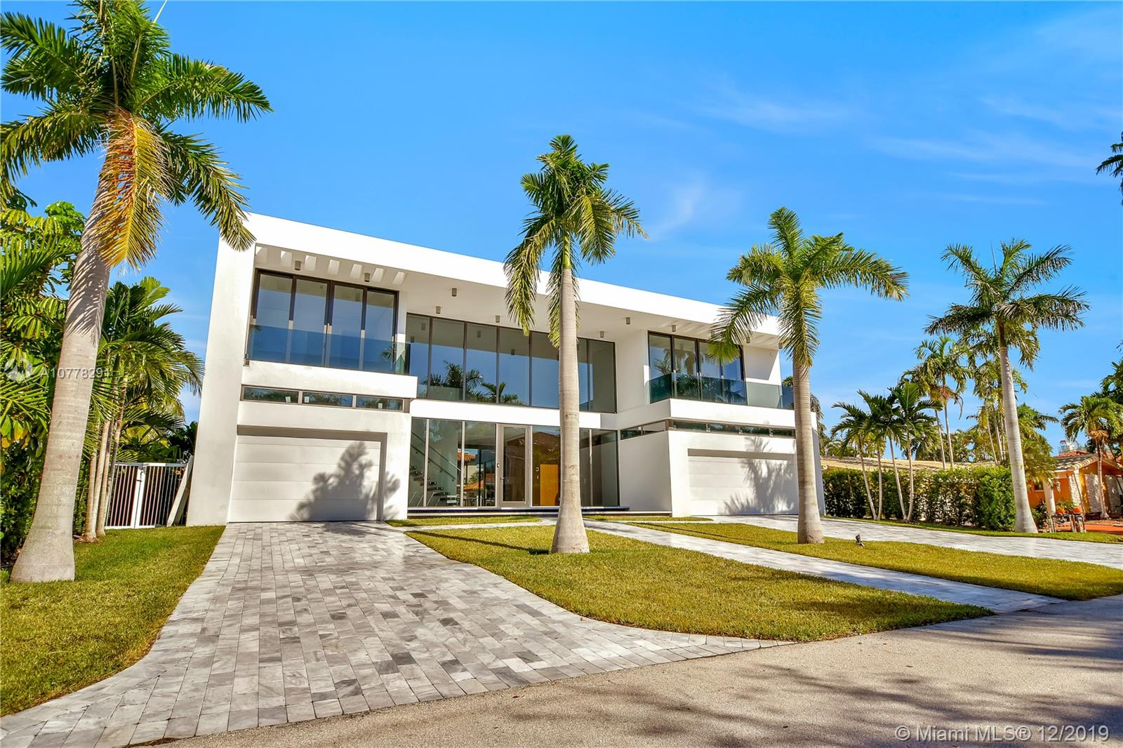 3181 NE 165th St  For Sale A10778291, FL