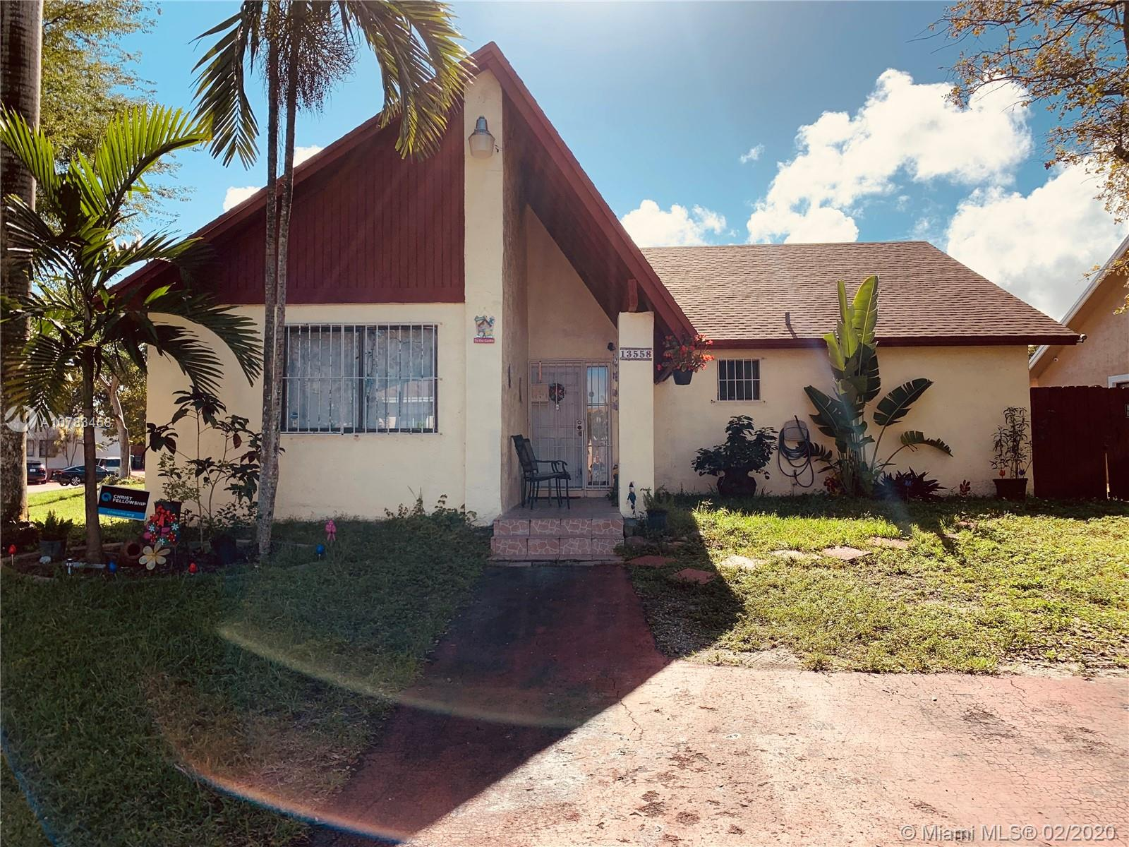 13558 SW 287th Ter  For Sale A10783458, FL