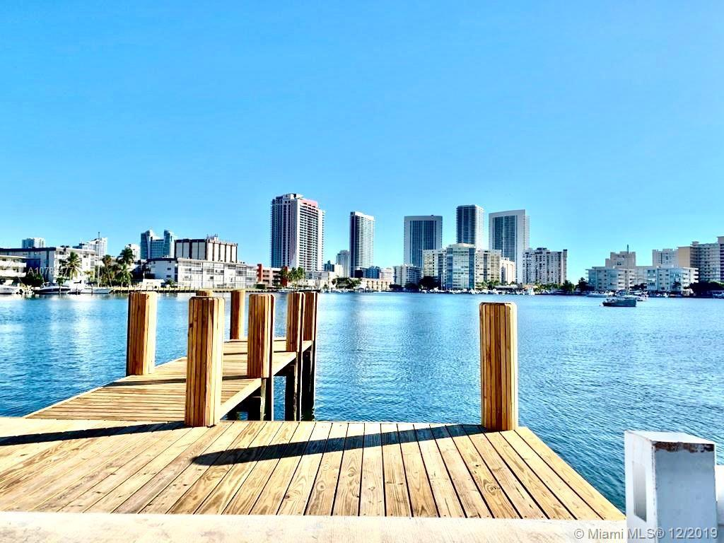 450  Golden Isles Dr #2C For Sale A10783477, FL