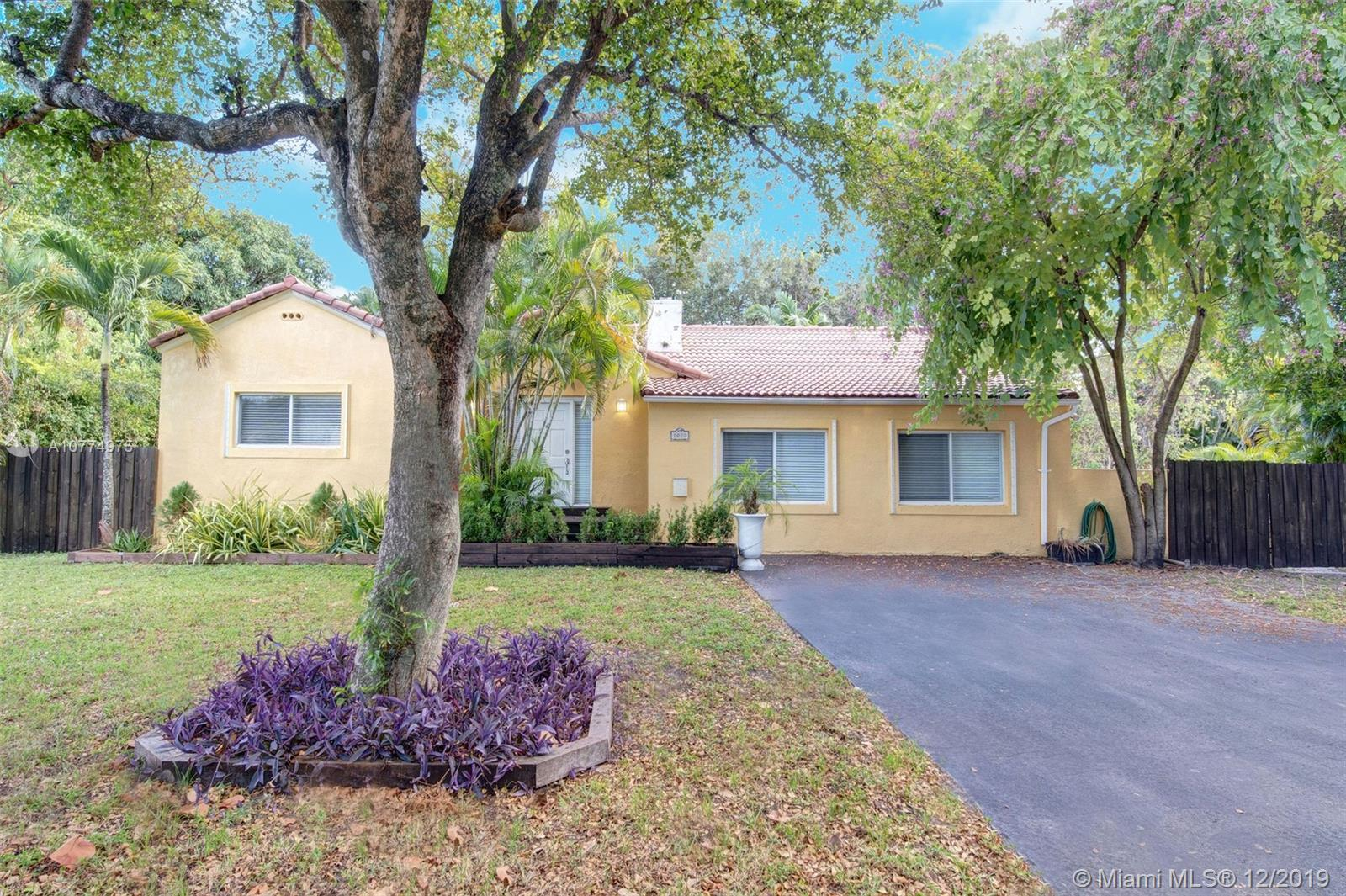 1020 NE 118th St  For Sale A10774975, FL