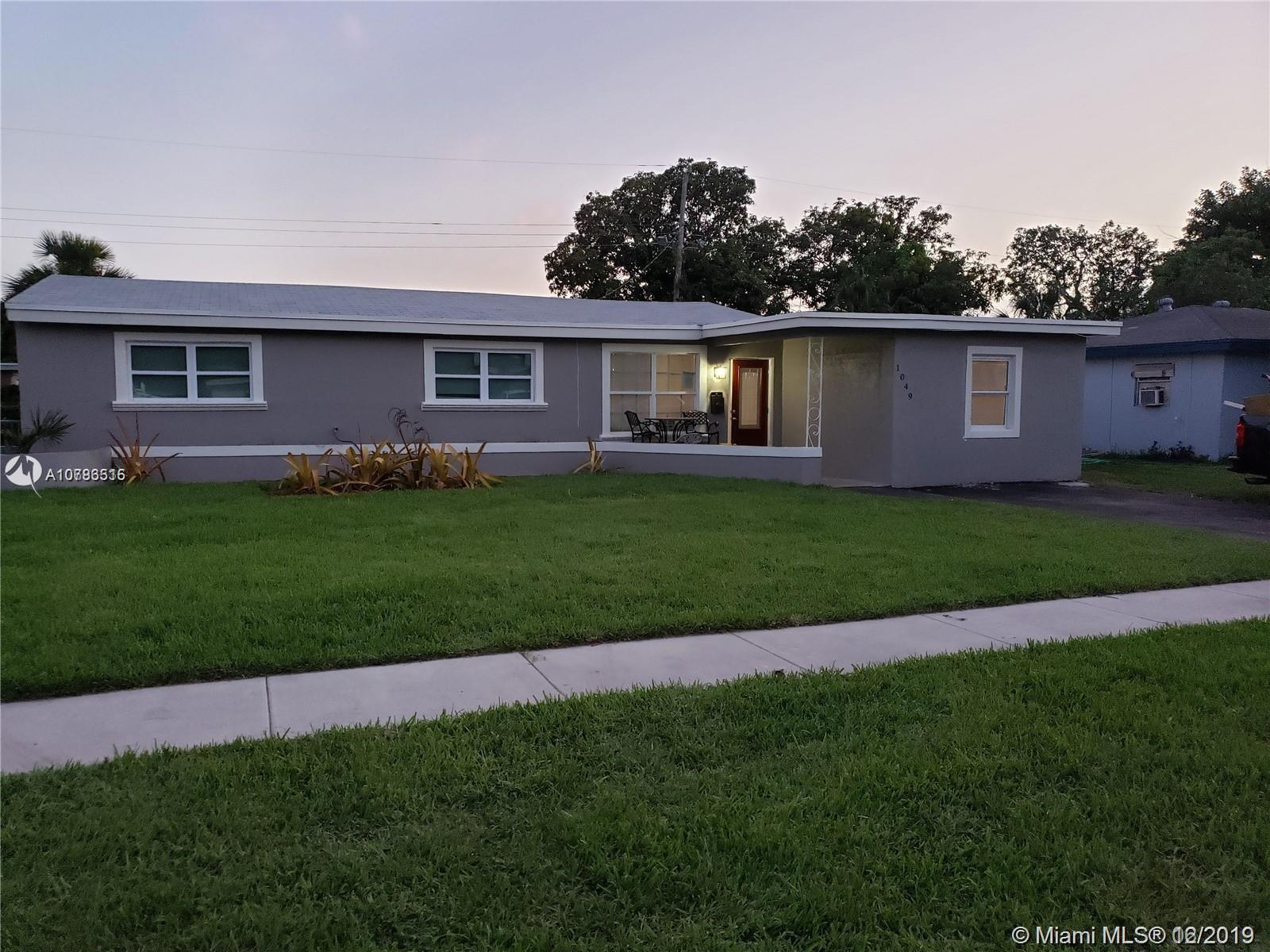 1049  Wyoming Ave  For Sale A10783515, FL