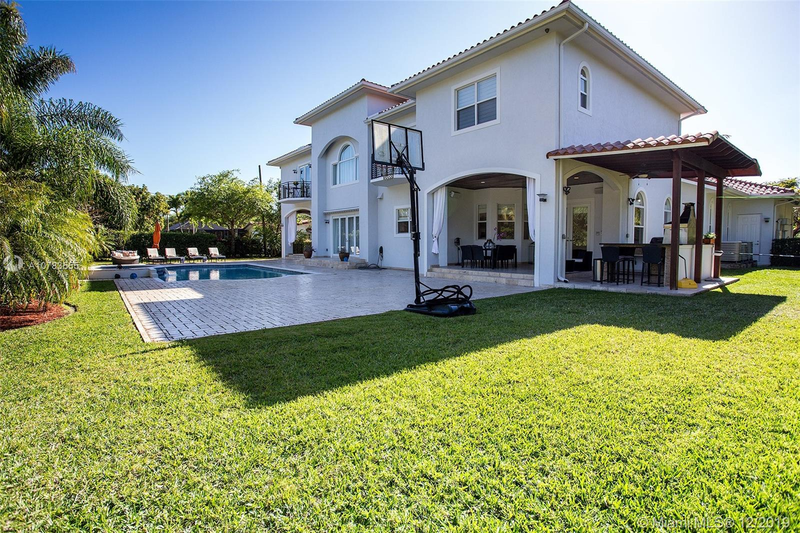 12635 SW 67th Ct  For Sale A10783555, FL