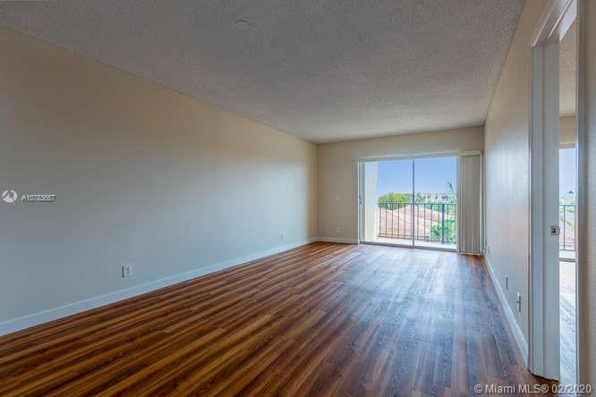 8000 SW 81st Dr #406-9 For Sale A10783657, FL