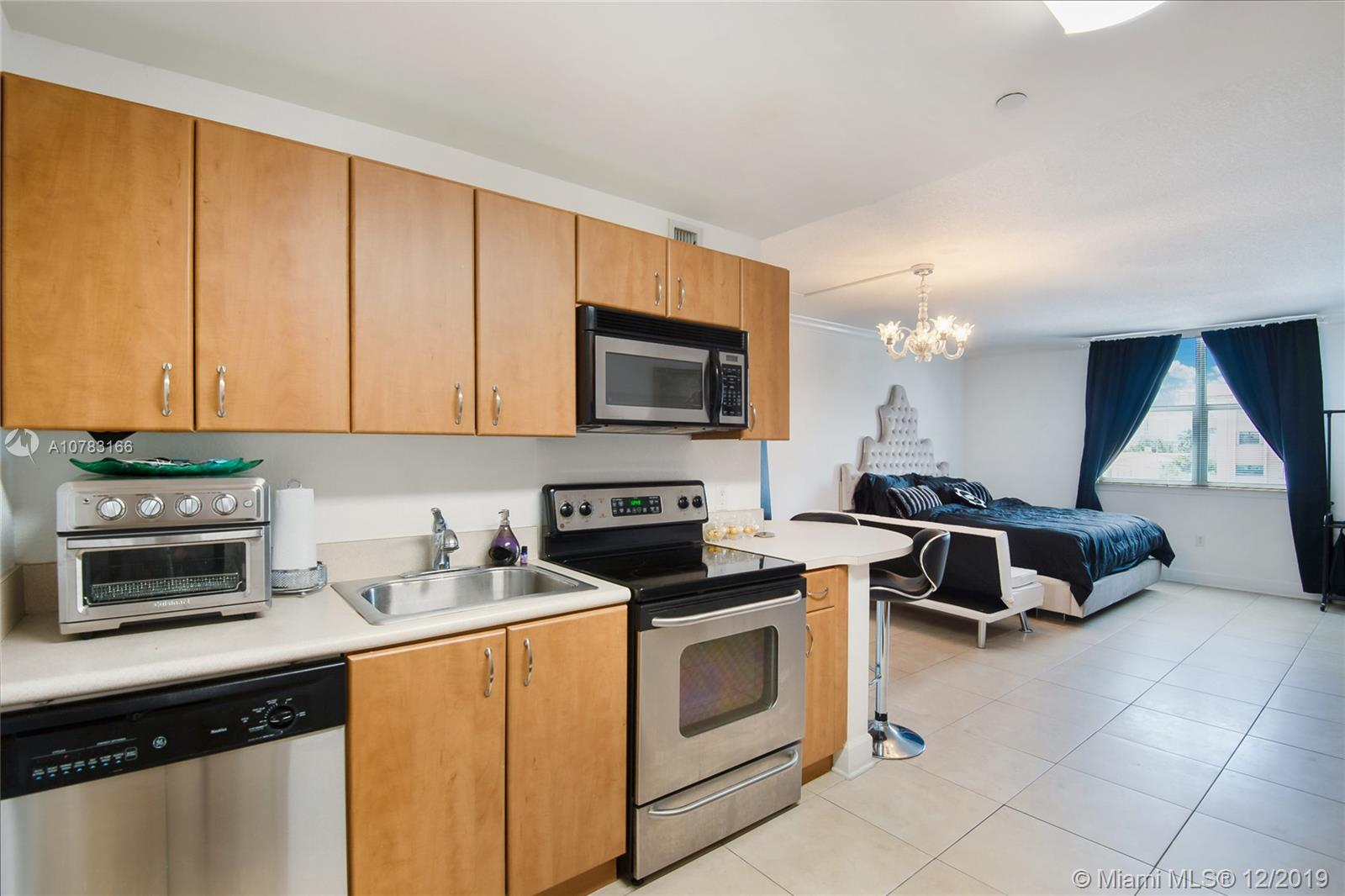 401  69th St #302 For Sale A10783166, FL