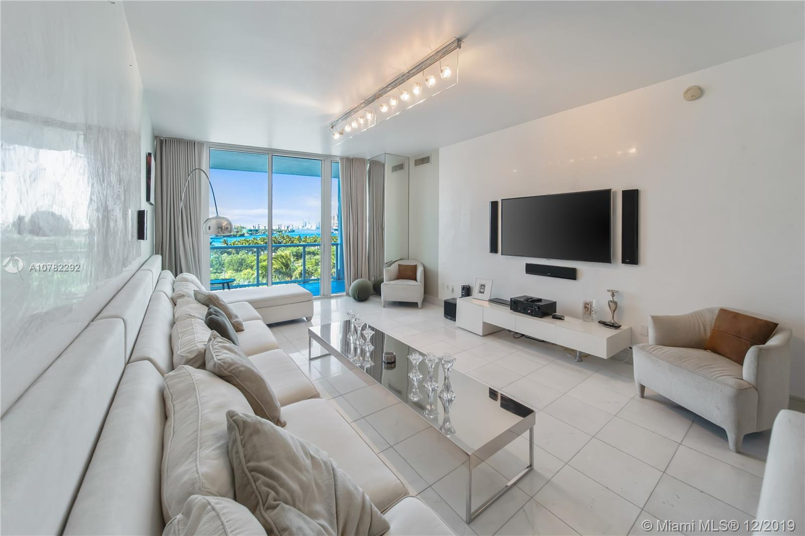 100 S Pointe Dr #602 For Sale A10782292, FL