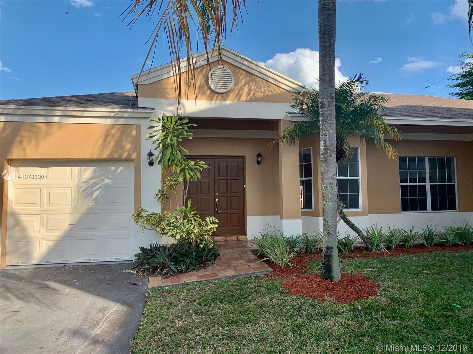 9952 SW 223rd Ter  For Sale A10783904, FL