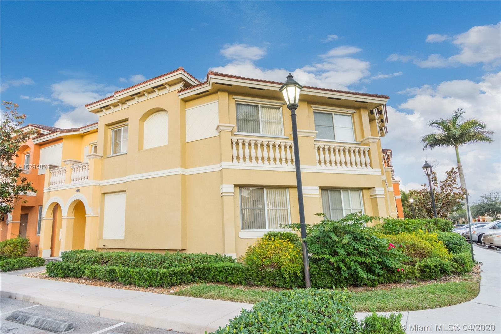 1843 SW 90th Ave #1004 For Sale A10784024, FL