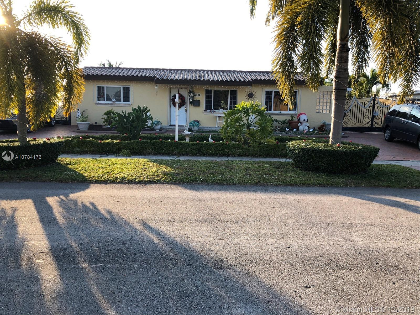 17100 NW 86th Ave  For Sale A10784176, FL