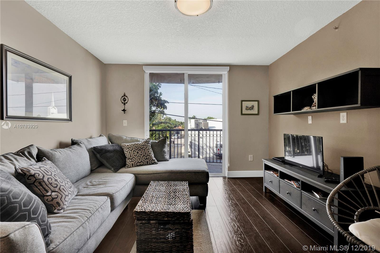 8888  Collins Ave #106 For Sale A10783920, FL