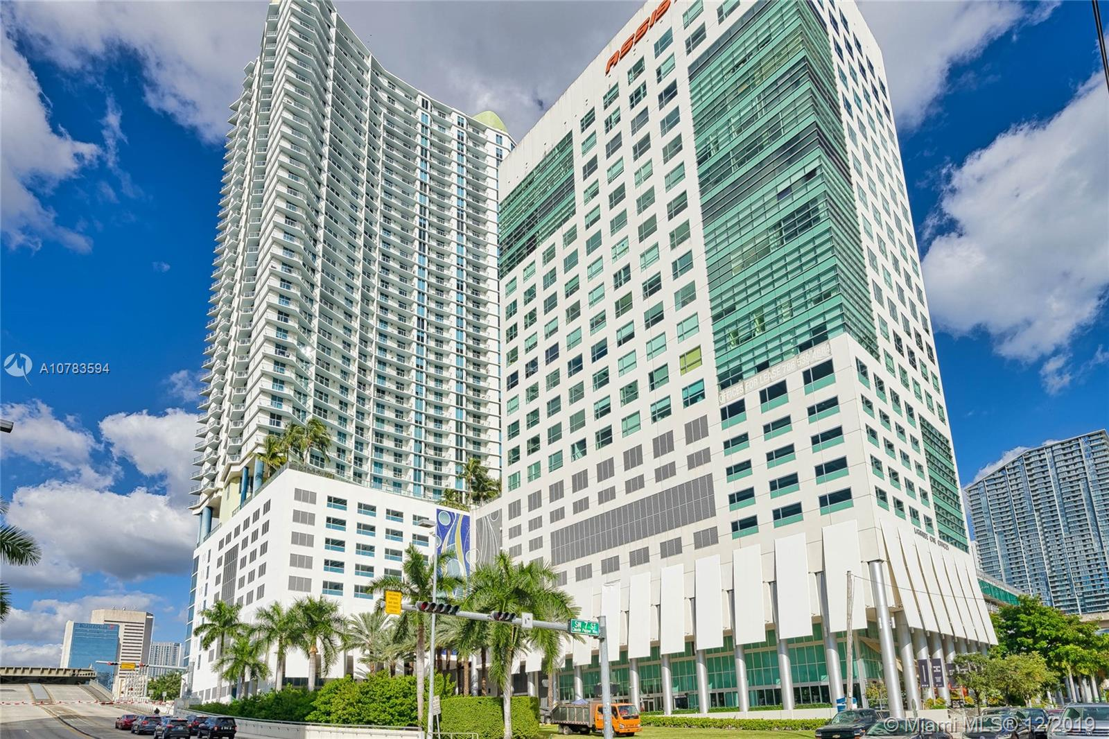 185 SW 7th St #1910 For Sale A10783594, FL