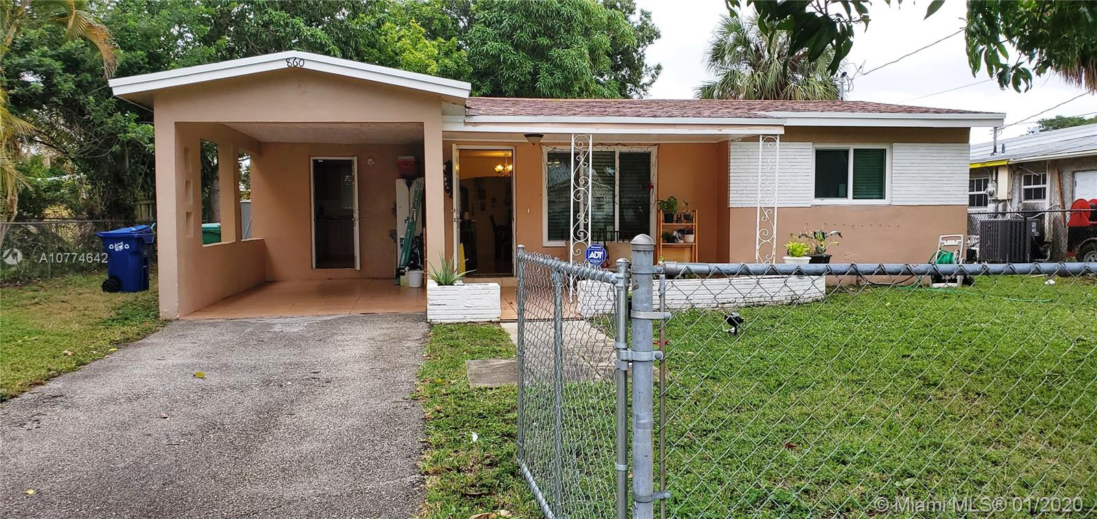 860 NW 38th Ave  For Sale A10774642, FL