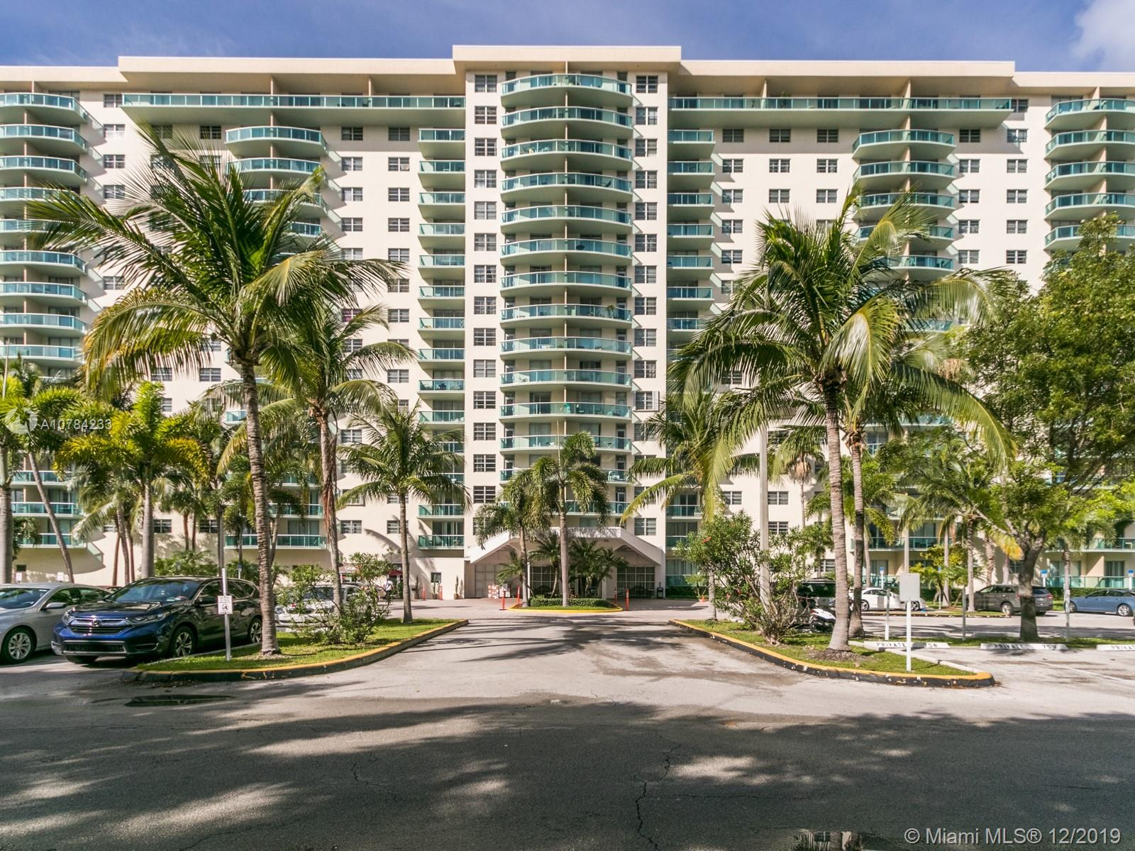 19390  Collins Ave #423 For Sale A10784233, FL