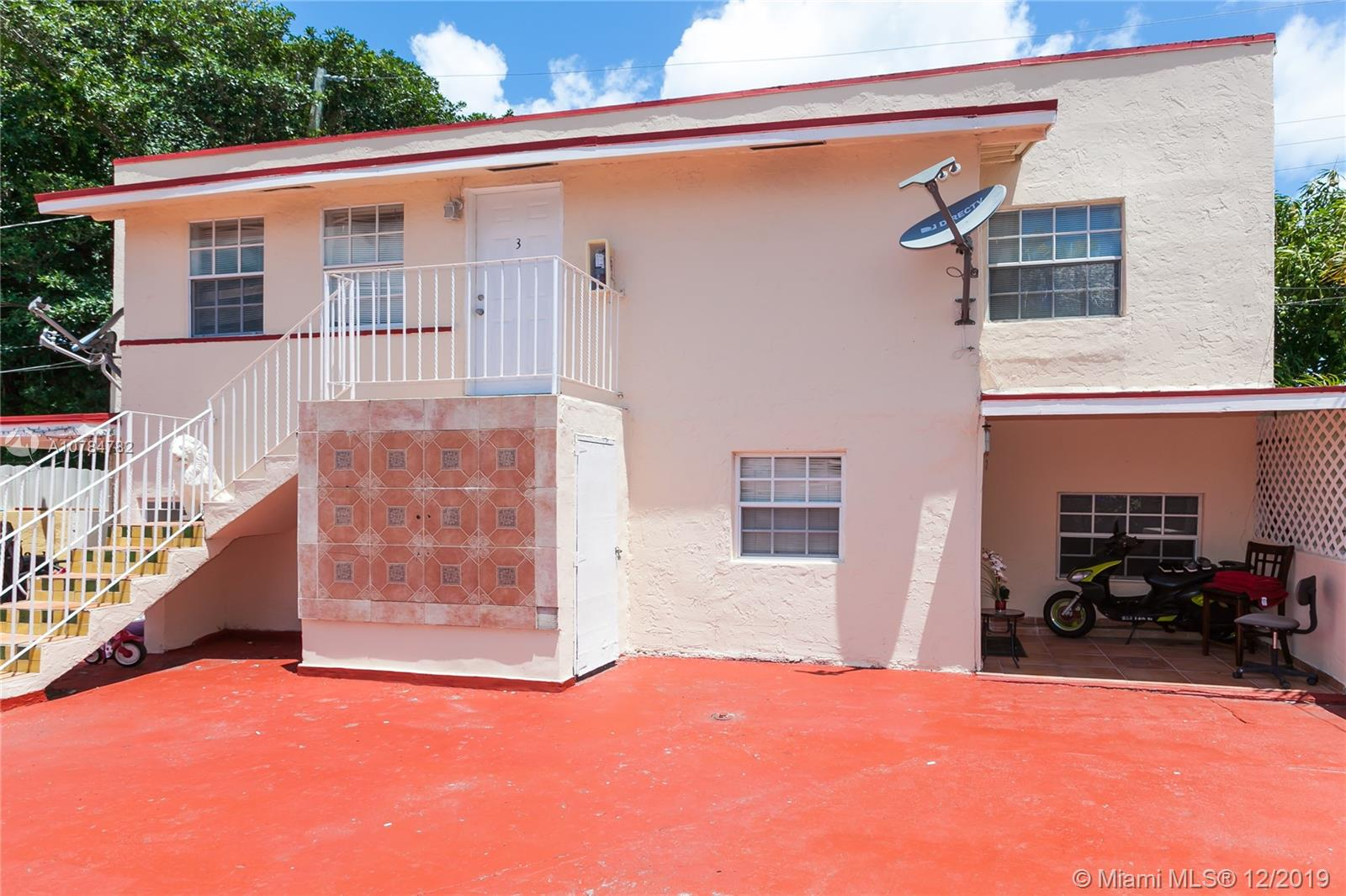 2385 SW 17th St  For Sale A10784782, FL