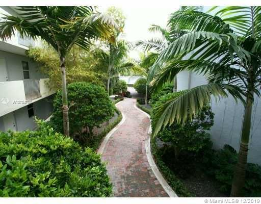 8950 SW 69th Ct #305 For Sale A10784760, FL