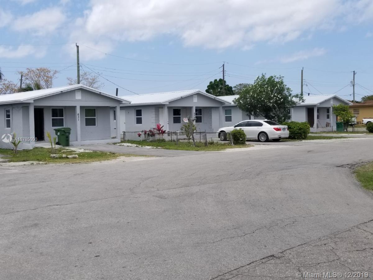 601 Amaryllis Ave, Pahokee, FL 33476