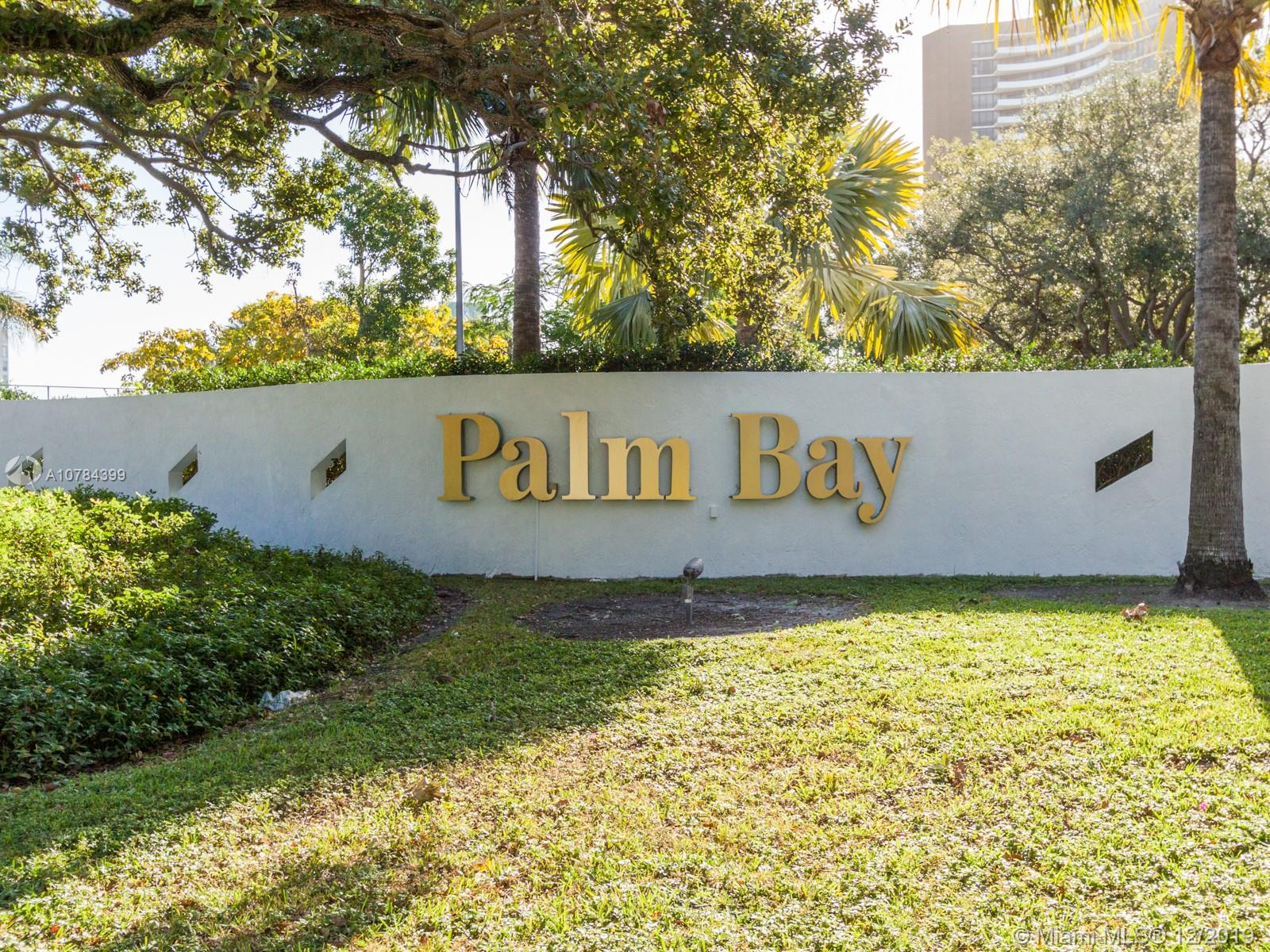 720 NE 69th St #26N For Sale A10784399, FL