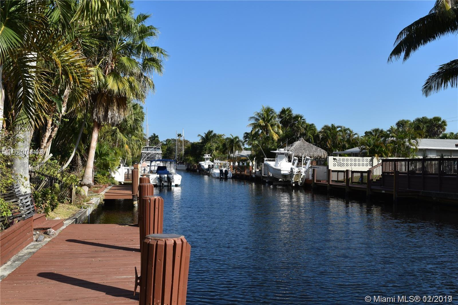 1708 SW 5th Ct  For Sale A10784979, FL