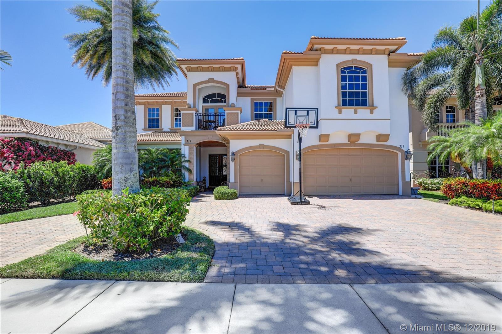 317 Charroux Dr, Palm Beach Gardens, FL 33410