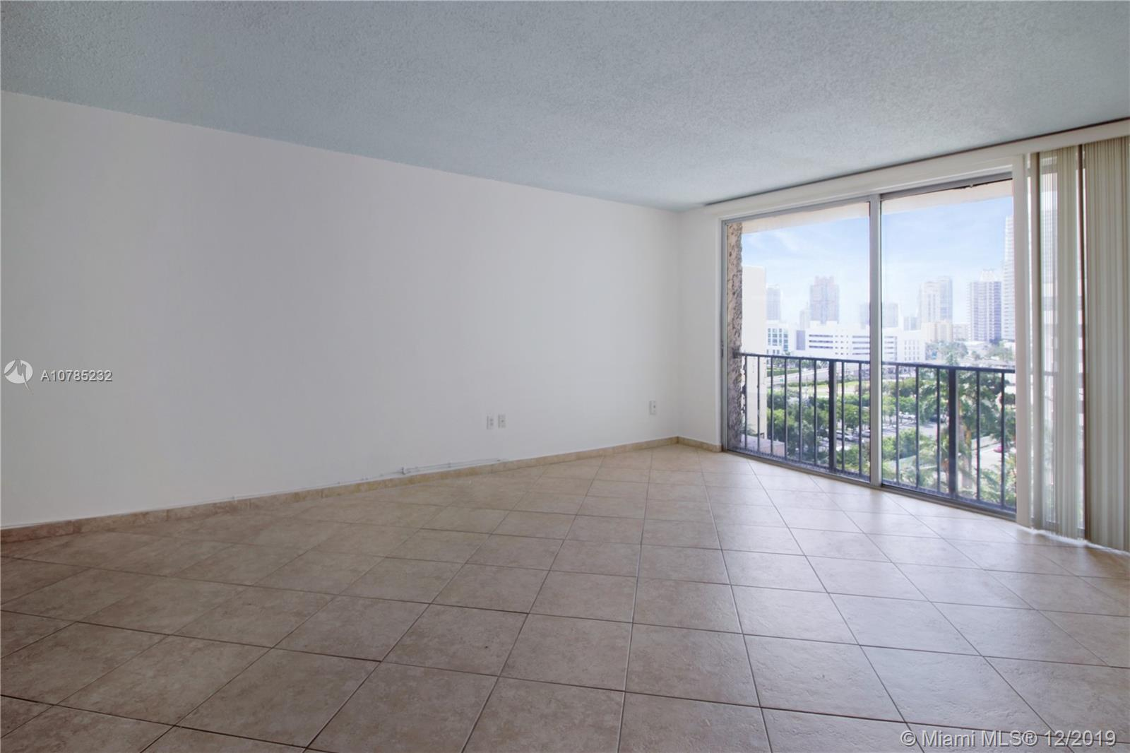 800  WEST AV #937 For Sale A10785232, FL