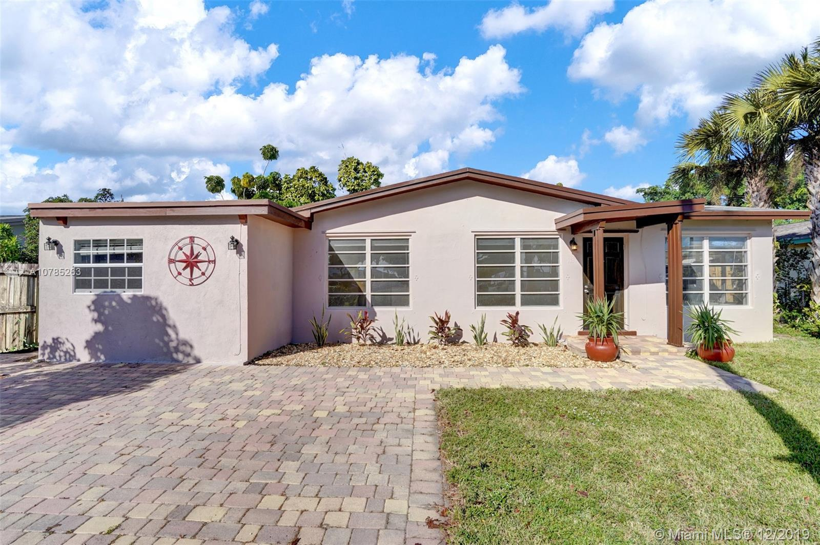 1131 SW 32nd Ct  For Sale A10785263, FL