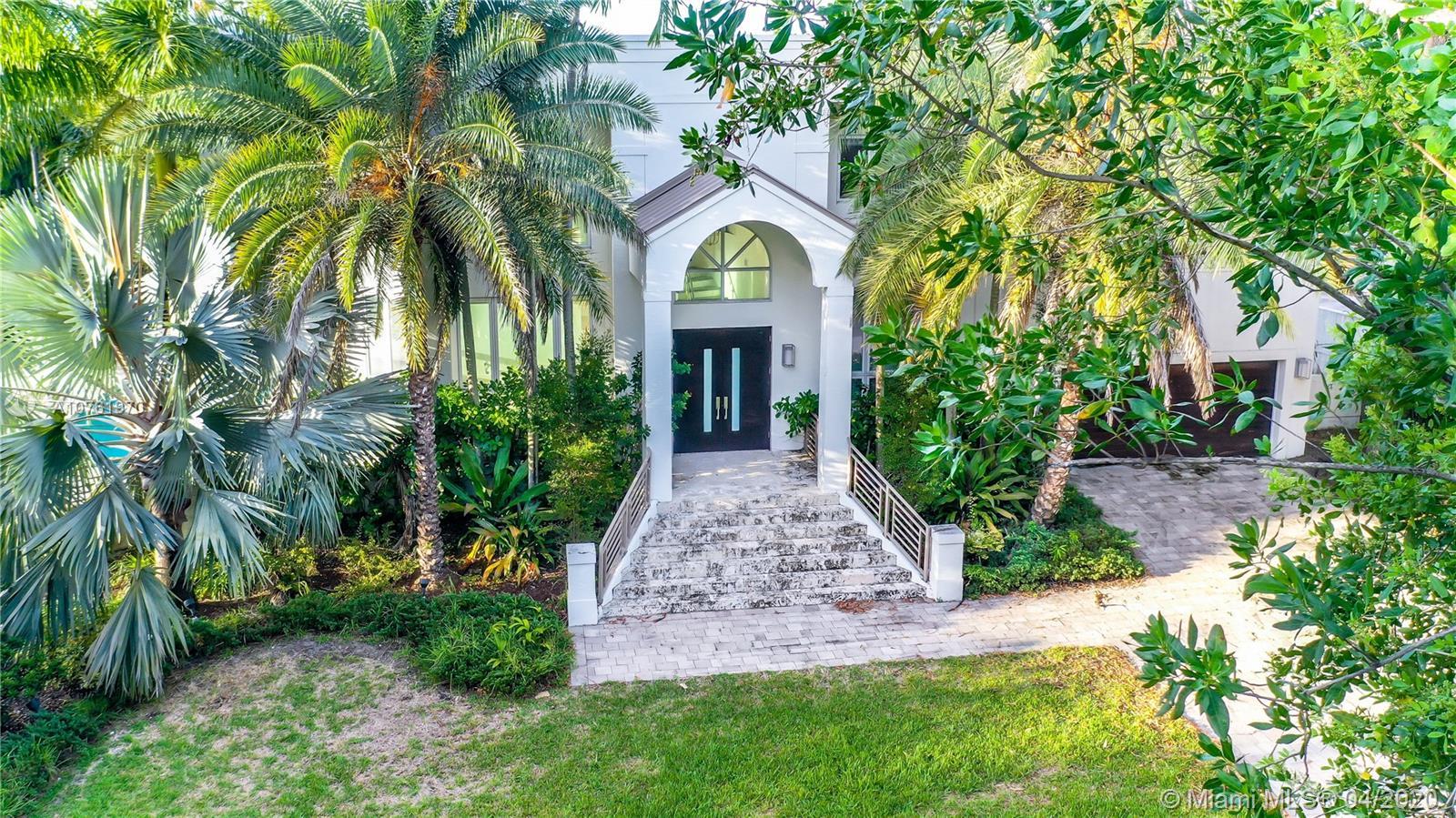 5961 SW 136 Street  For Sale A10761970, FL