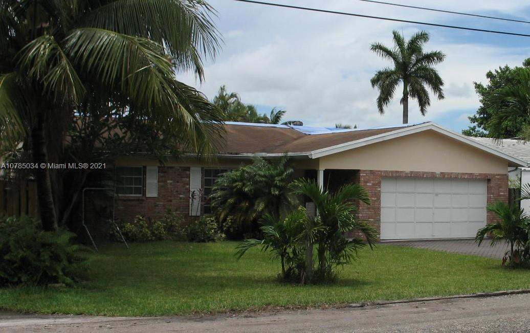 1750 SW 2nd St  For Sale A10785034, FL