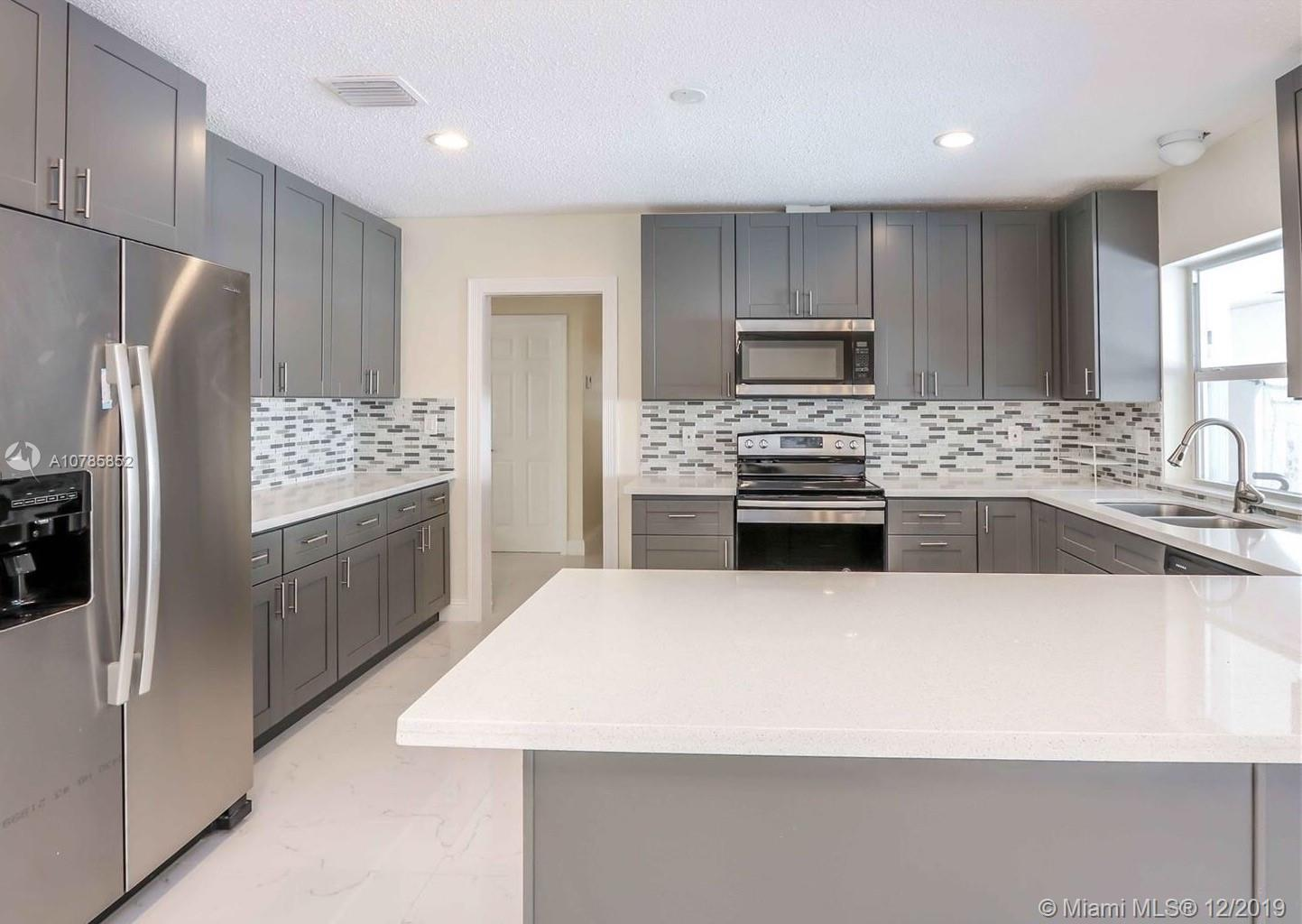17425 SW 87th Ave  For Sale A10785852, FL