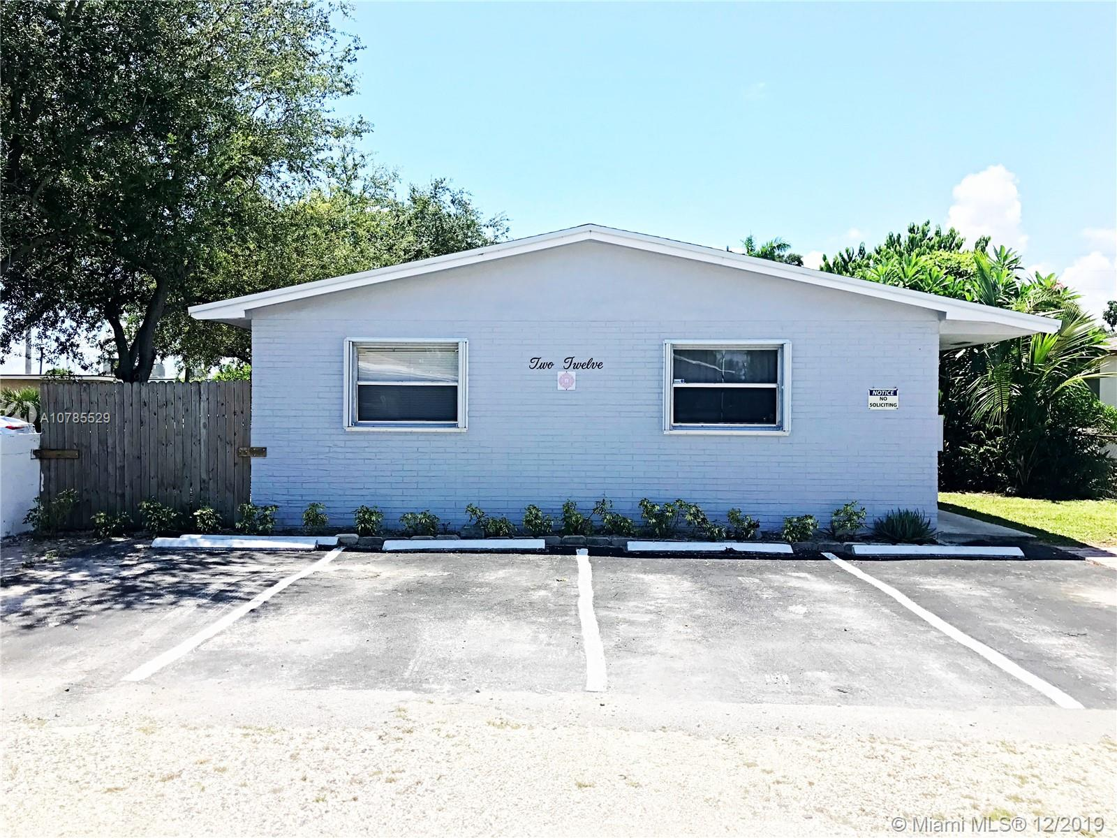 212 SW 22nd St #2 For Sale A10785529, FL