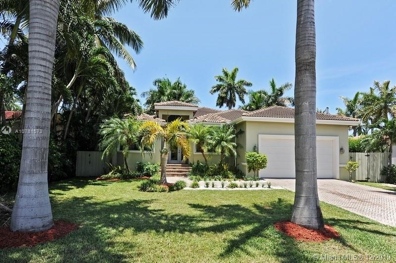 7431  Center Bay Dr  For Sale A10781573, FL