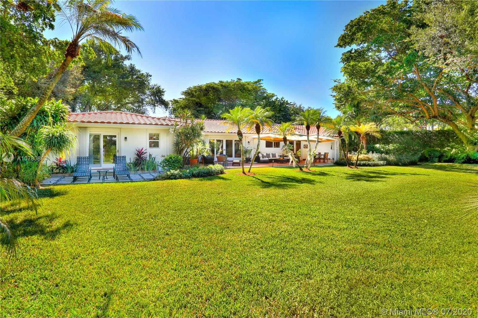 5285 SW 84 St  For Sale A10783863, FL