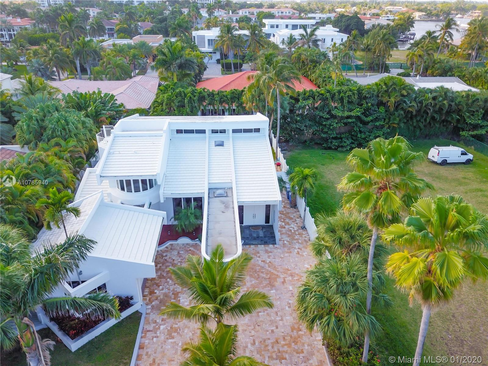 616  Ocean Blvd  For Sale A10785940, FL