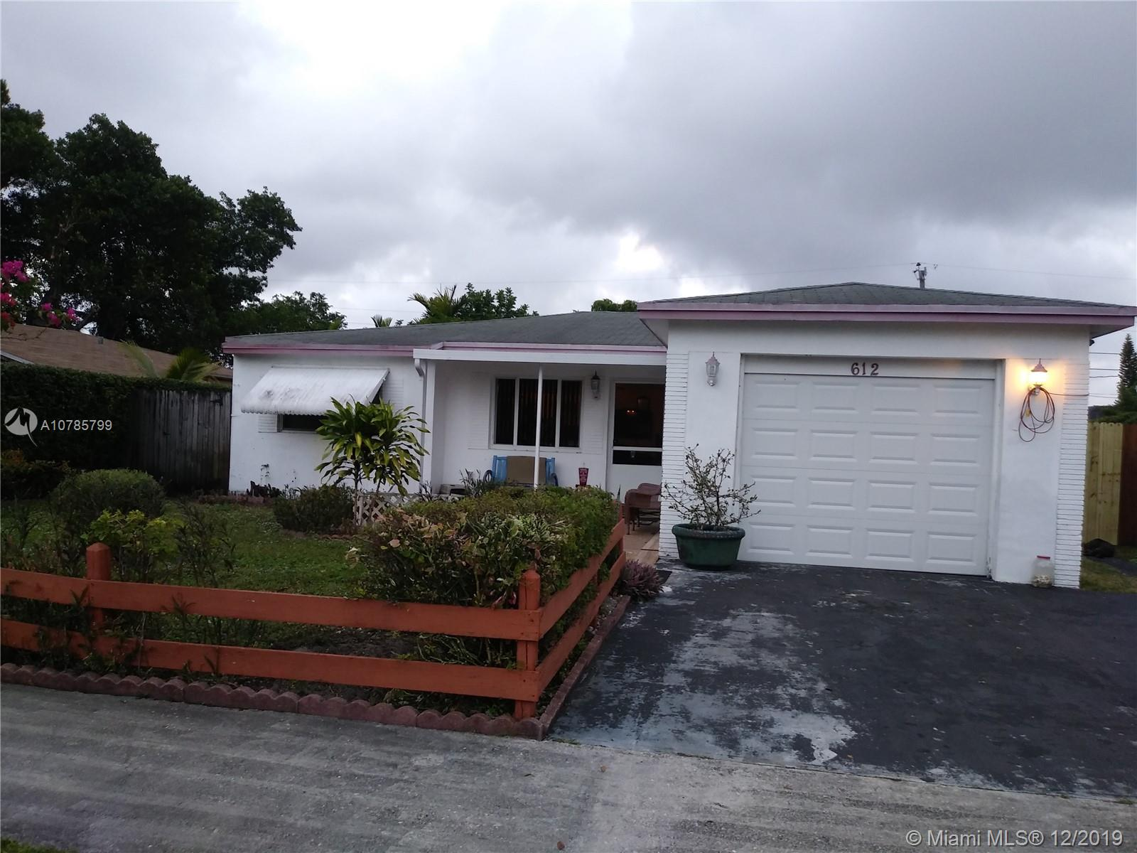 612 SW 4 Ct  For Sale A10785799, FL