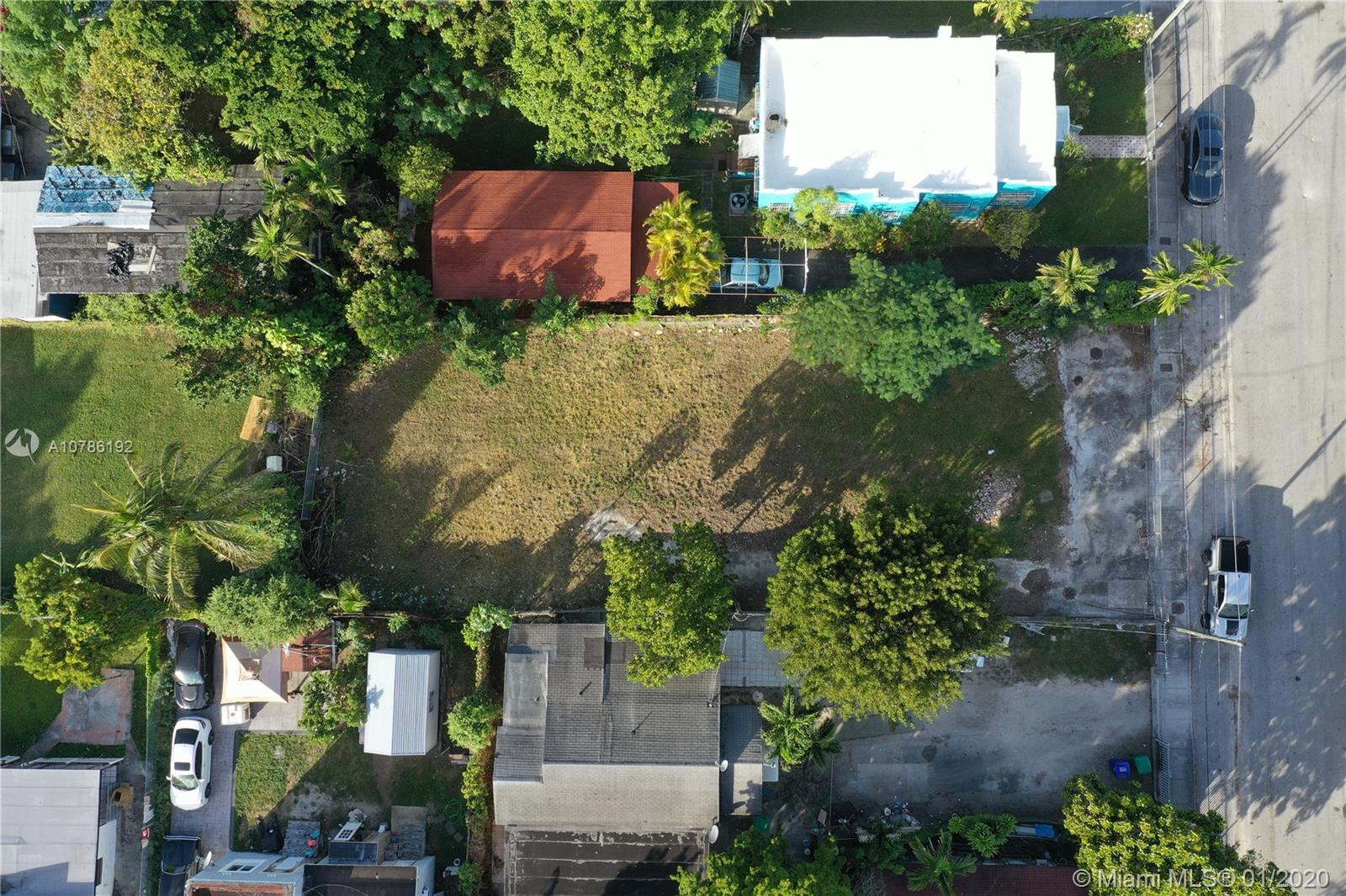 1924 NW 27th St  For Sale A10786192, FL