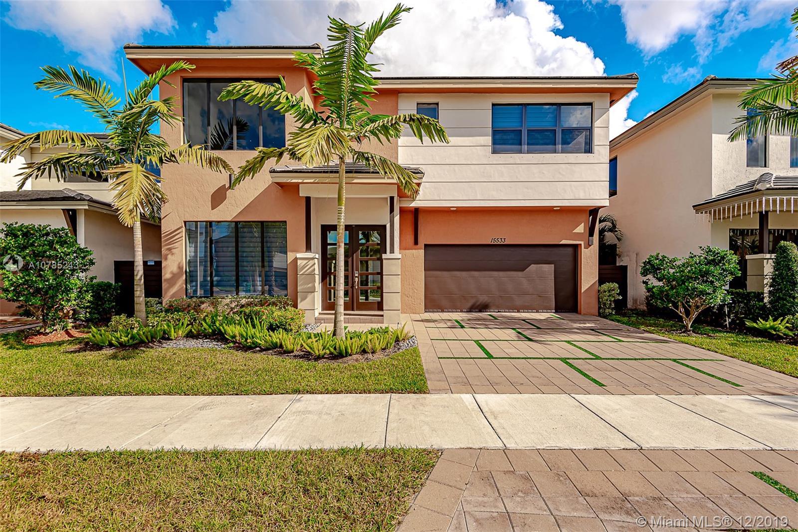 15533 NW 88 ave, Miami Lakes, FL 33018