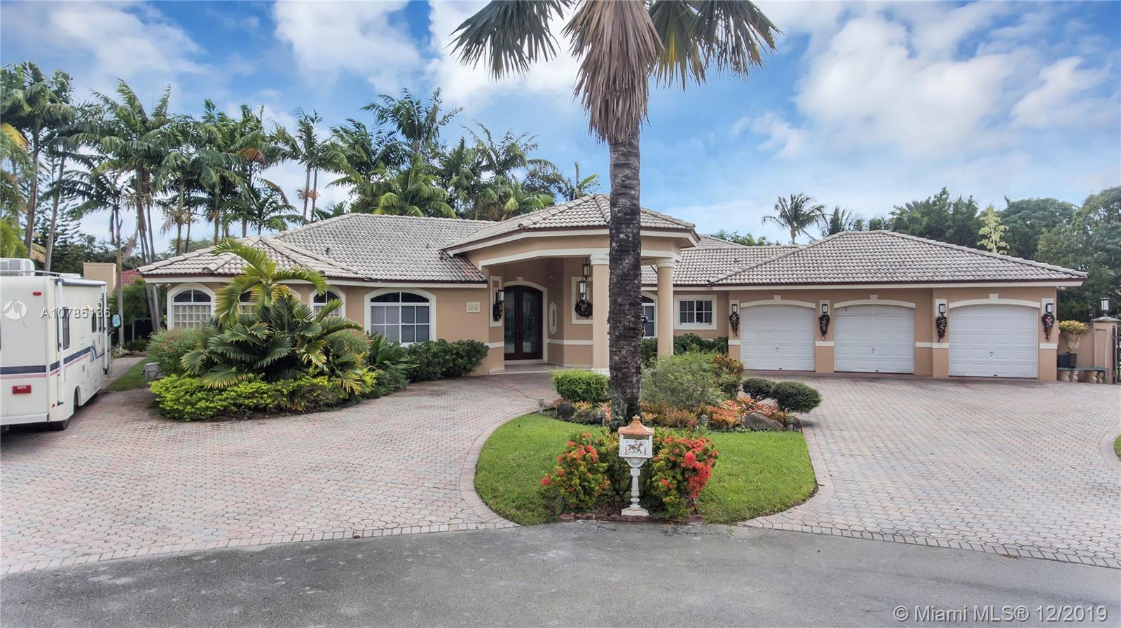 2661 SW 111th Ct, Miami FL 33165