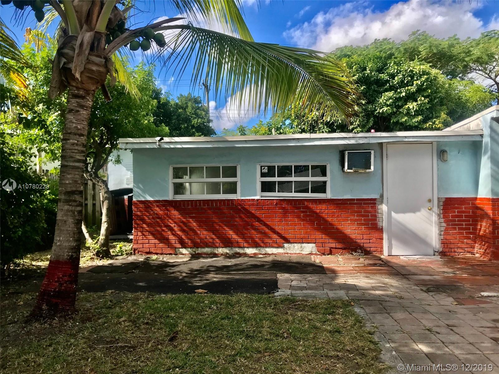 204 N 61st Ter  For Sale A10780229, FL
