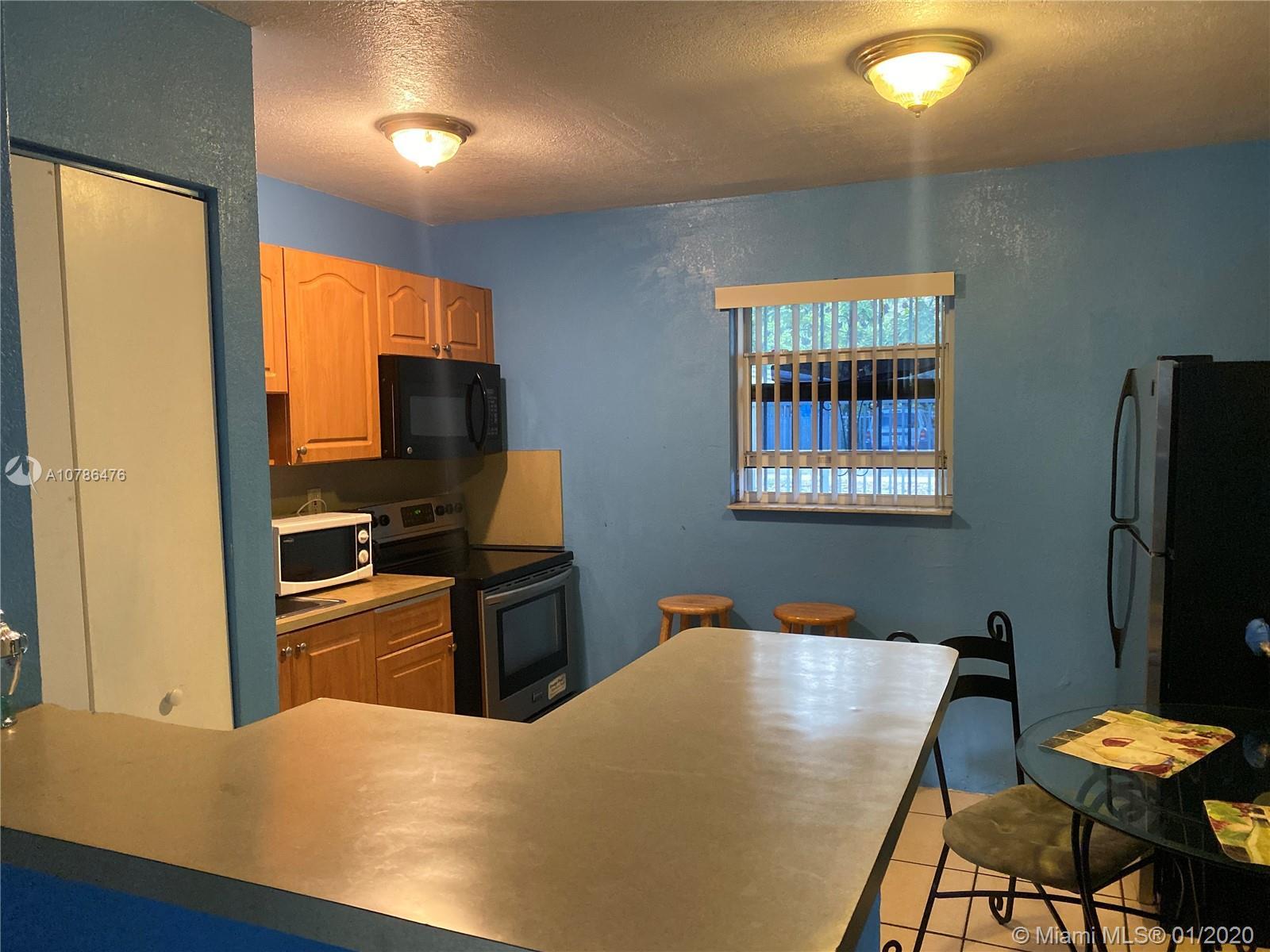 5513 NE Miami Pl #4 For Sale A10786476, FL