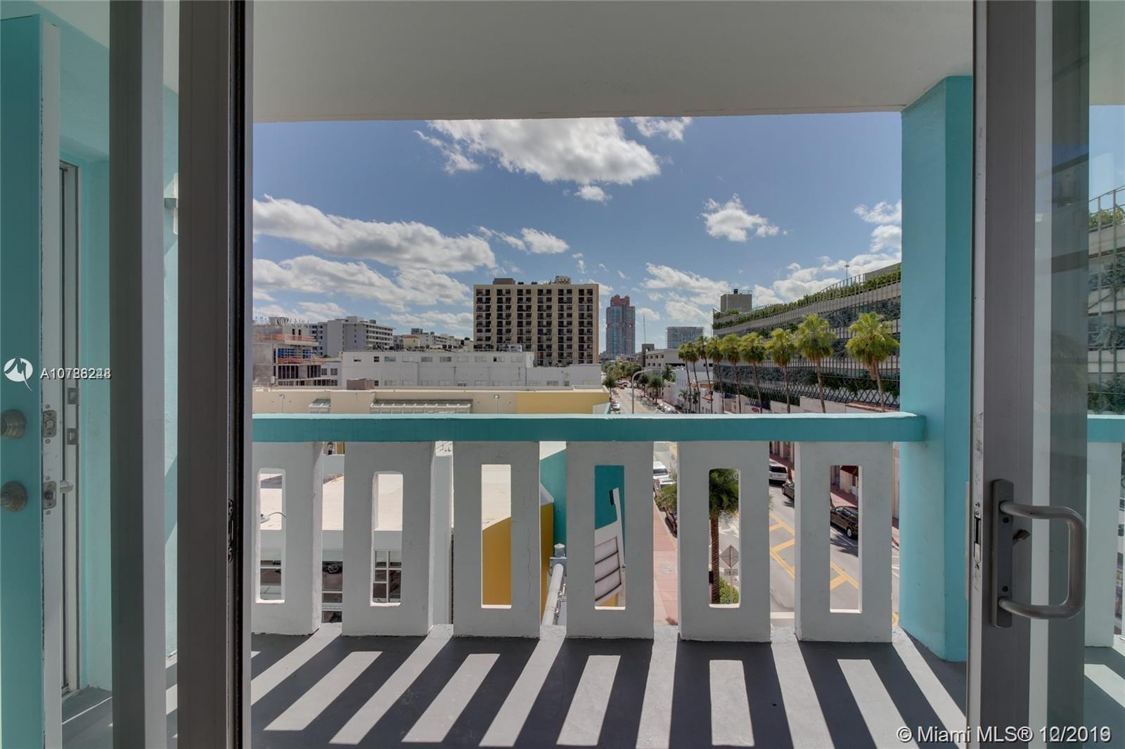 701  Collins Ave #3A For Sale A10786248, FL