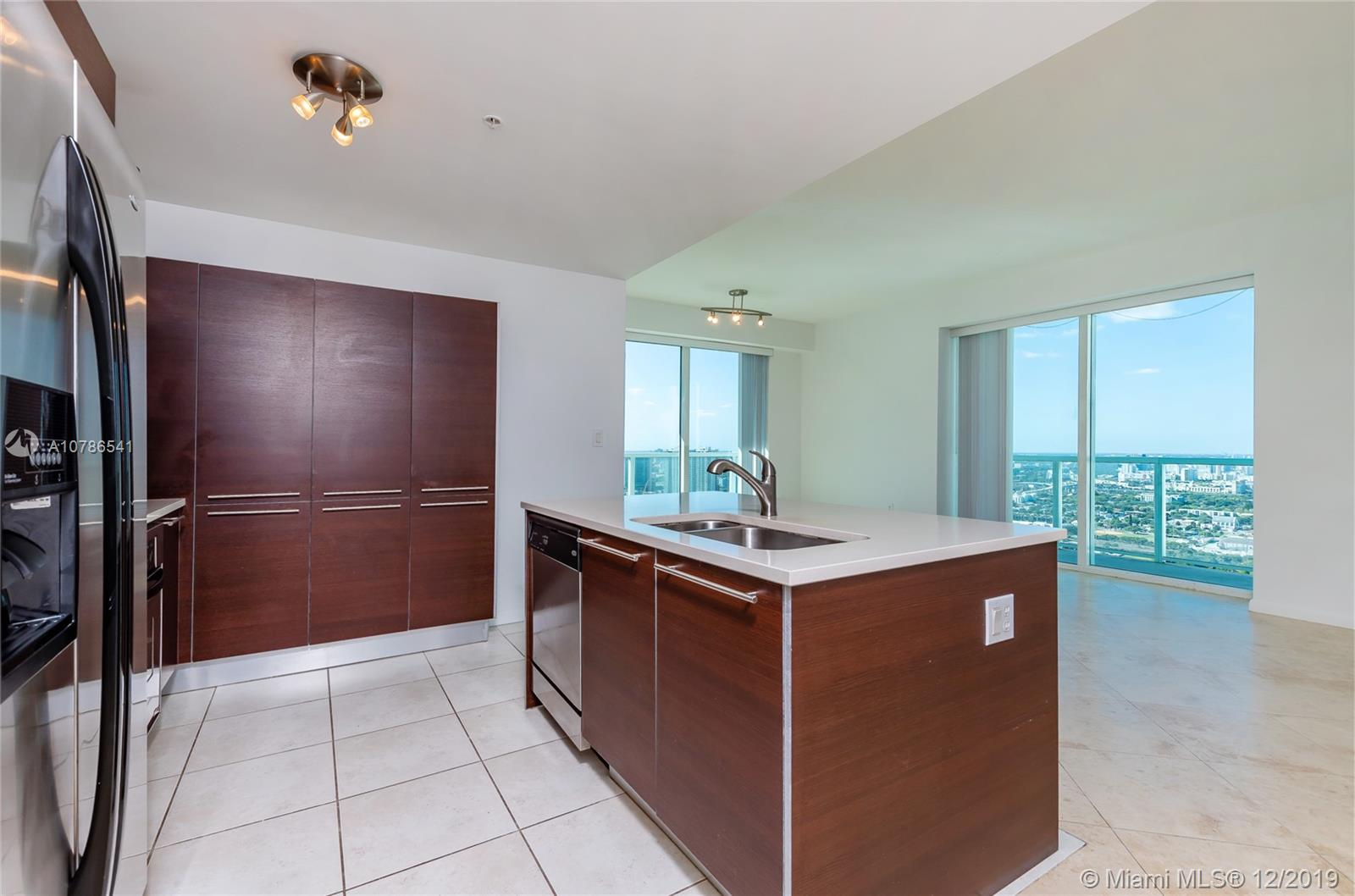1900 N BAYSHORE DR #3711 For Sale A10786541, FL
