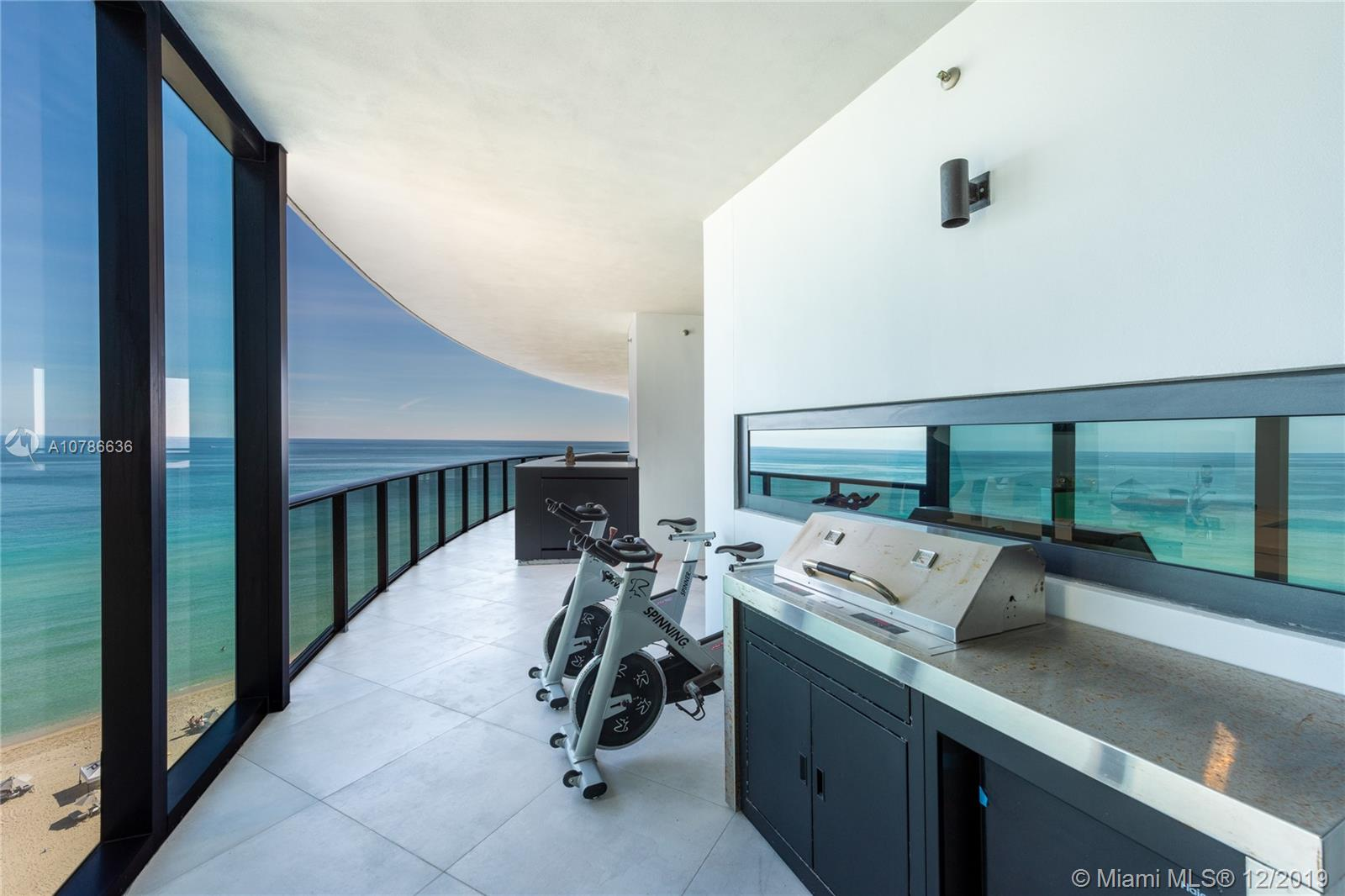18555  Collins Ave #1005 For Sale A10786636, FL