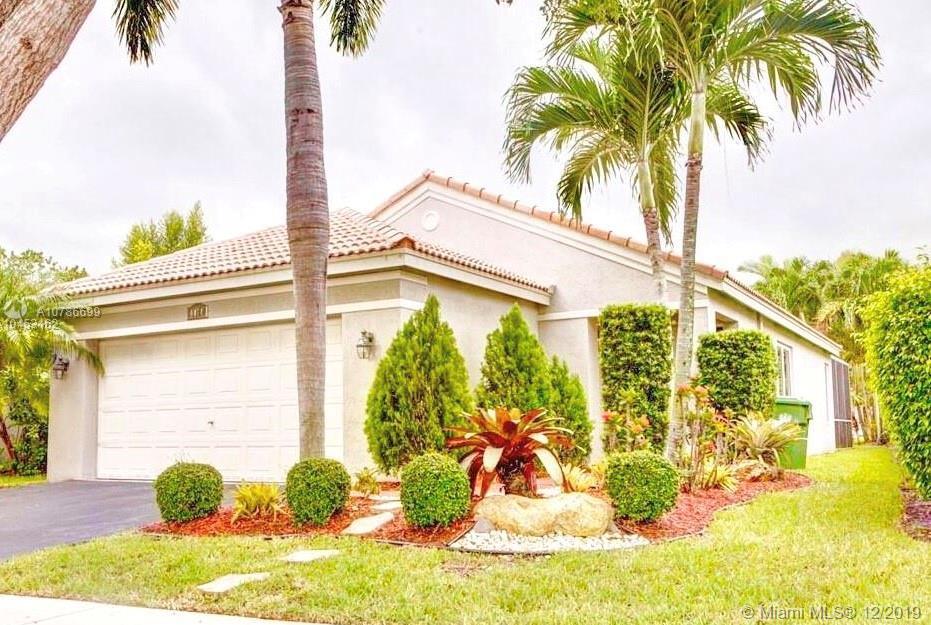 4474  Dogwood Cir  For Sale A10786699, FL