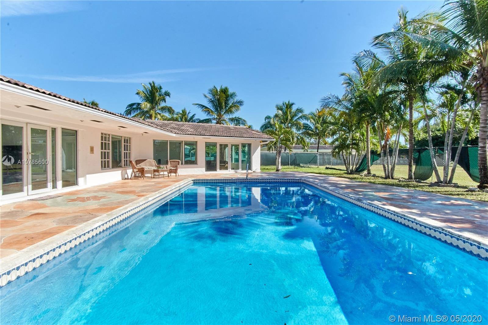 7550 SW 56th ST, Miami, FL 33155