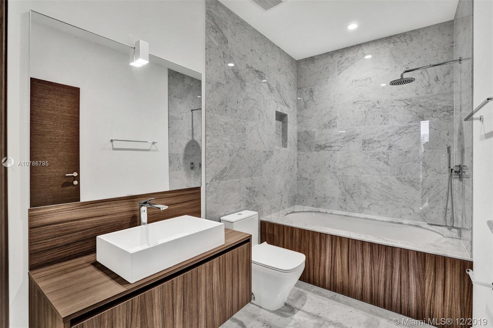 1000  Brickell Plaza #1804 For Sale A10786795, FL