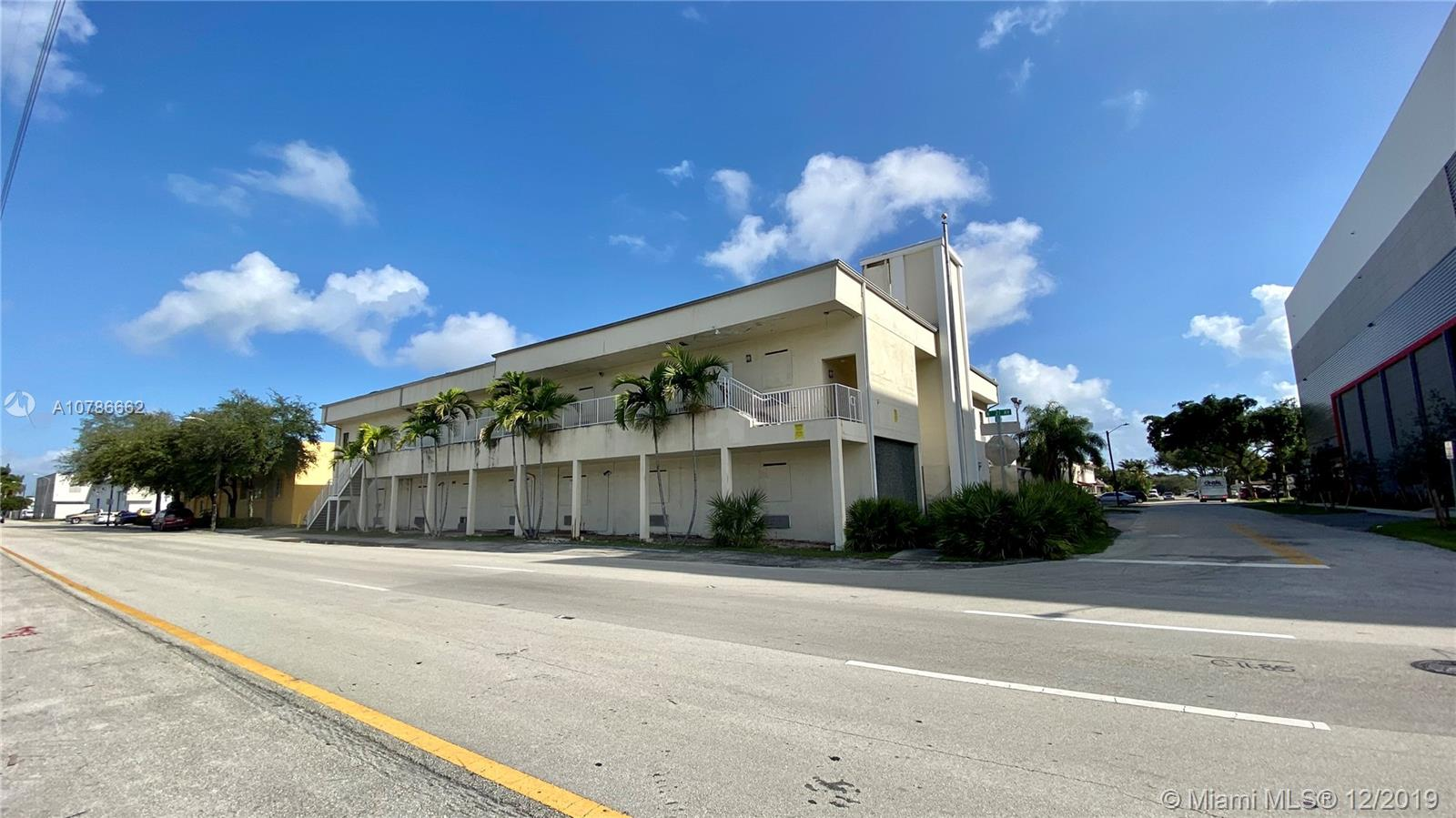 2057  Coolidge St  For Sale A10786662, FL